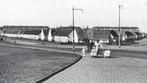 Het Witte Dorp met links de Schiedamseweg Beneden en rechts de Franselaan.
