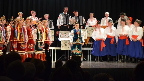"""Zondagmiddaglounge: Russisch-, OekraÏens Zang- en Dans Ensemble """"Kalinka"""""""