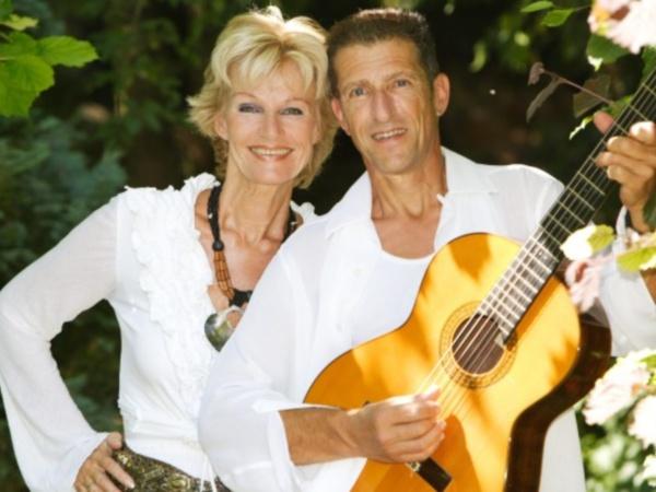 Saskia & Serge in Lokaal Cultuur Centrum 't Klooster