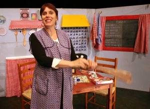 Theater Mooi Weer met 'Aan de keukentafel' in LCC Romeynshof